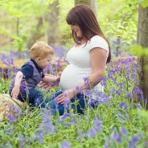 outdoor maternity photos brackley 14